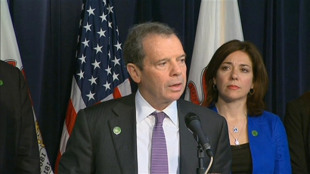 Parents of Sandy Hook Victims Join Quinn in Quest for Gun Control