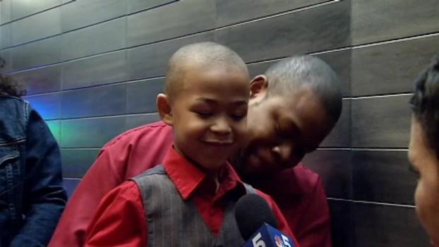 Taj Gibson Adopts Family For Christmas