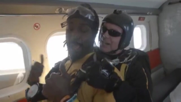 WATCH: Charles Tillman Jumps Out of Airplane