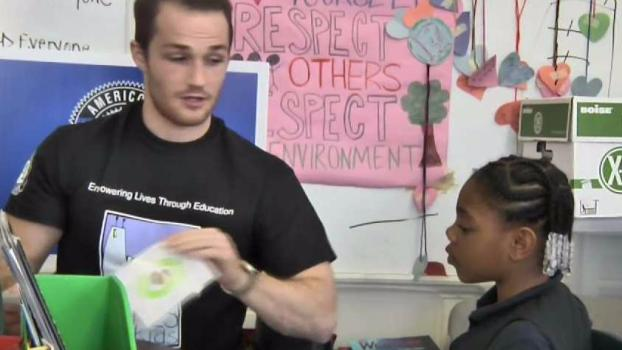 'Chicago Hopes' Helps Kids With Literacy, Reading Tutoring