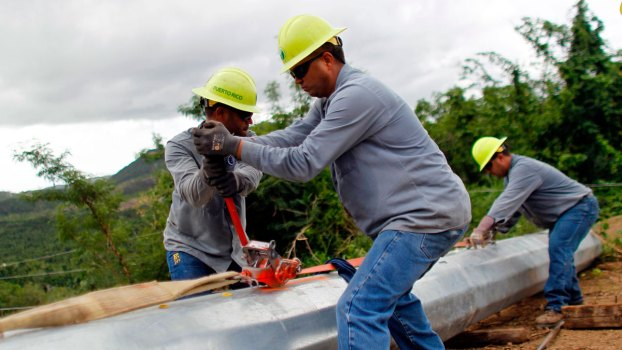 Chicago Entrepreneurs Bring Light to Puerto Rico