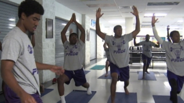 WATCH: Footballers Stay Fit With Yoga
