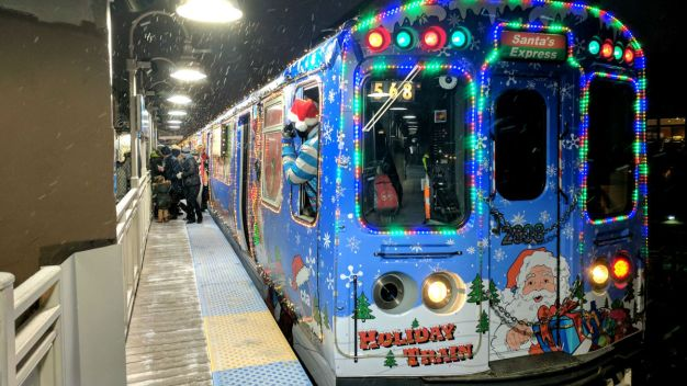 See the Full 2018 CTA Holiday Train, Bus Schedule