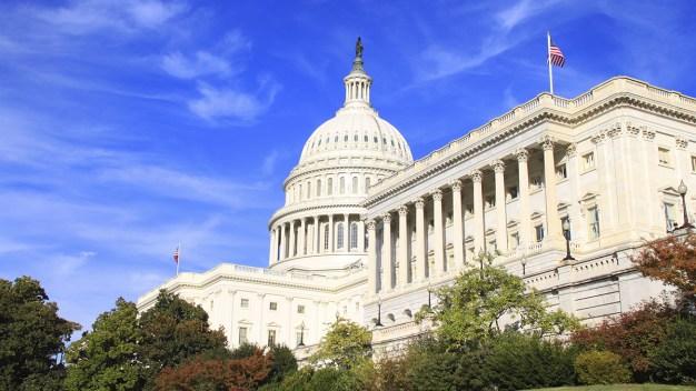Senate Pushes to Avert Gov't Shutdown Over Miners' Benefits<br />