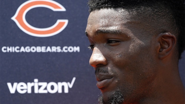 Leonard Floyd Carted Off Field at Bears Practice
