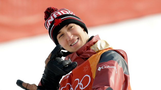 Shirtless Canadian Skiers Cheer on Teammate in Pyeongchang