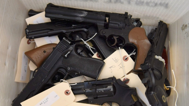 The Myths and Truths About Chicago's Guns and Murder Rate