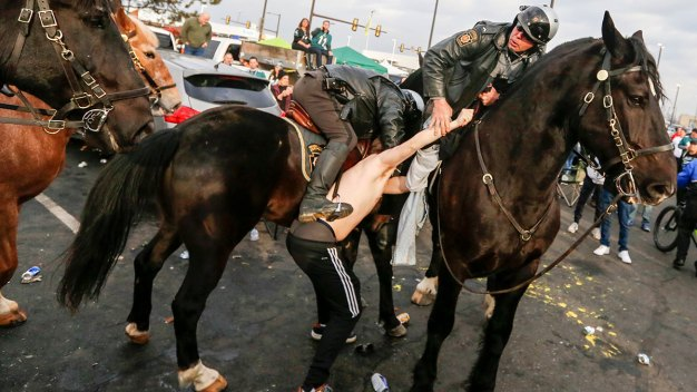 Fight Breaks Out in Eagles Parking Lot Before NFC Game; 1 Arrested