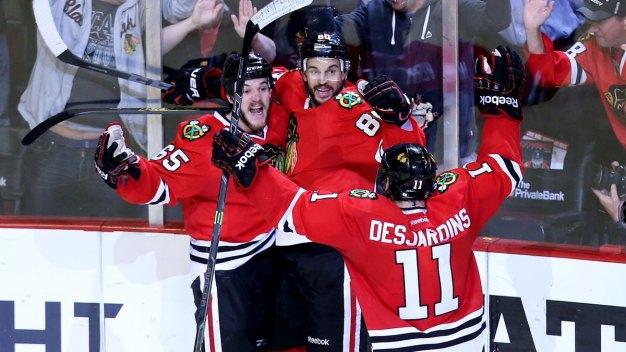 Blackhawks Beat Ducks 5-2 in Game 6