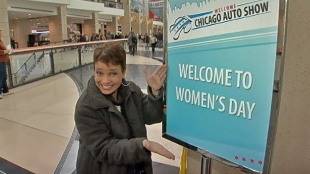 Auto Show: Special Features Offered for Women