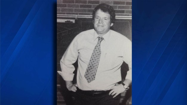 Hastert Paid To Hide Sexual Relationship: Official