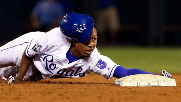 Cubs Acquire Gore From Royals