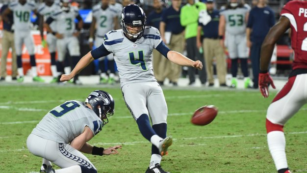 Kickers Miss Short Field Goals, Seahawks, Cards Tie 6-6