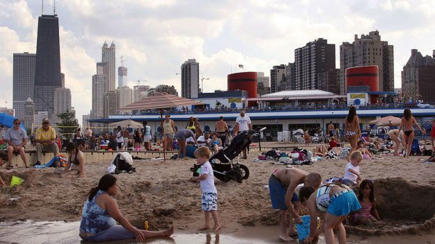Chicago Beaches Open for Summer Season