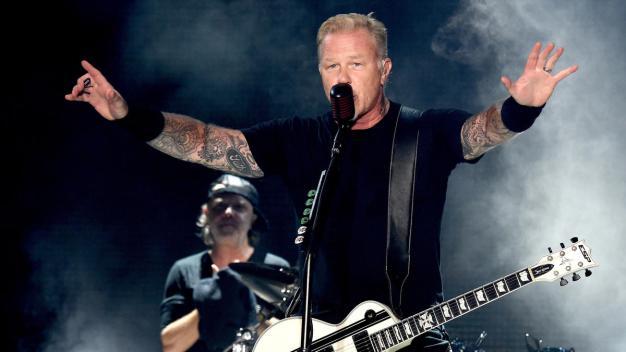 Metallica Announces $100K Grant for Suburban College