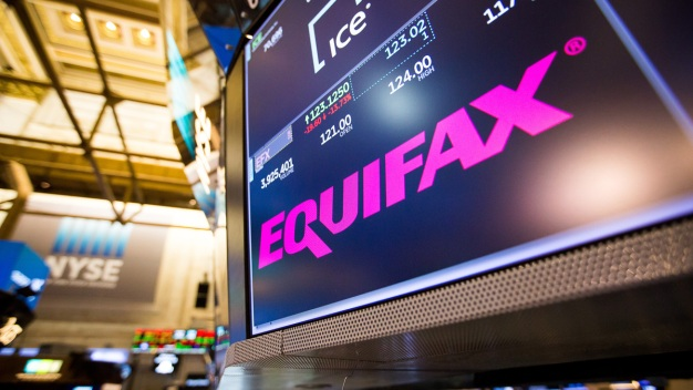 Two Equifax Executives Retire After Data Breach Disclosure