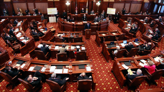 Illinois Senate Approves Income Tax Hike
