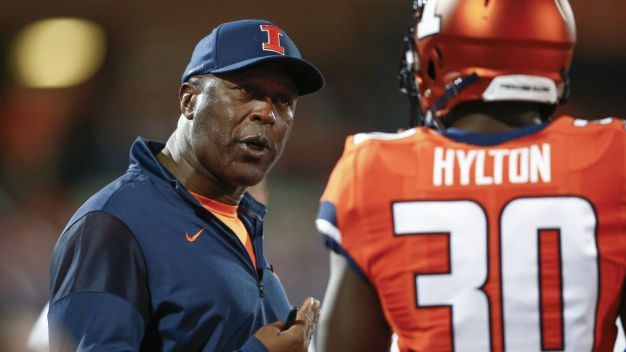 Lovie Smith Sporting New Look at U of I