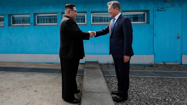 Kim Says He'll Give up Nukes if US Vows Not to Attack: Seoul