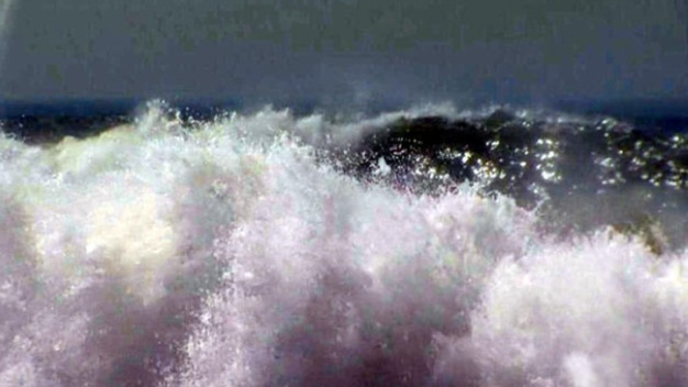 Chicago Man Injured After Being Pulled From Calif. High Surf