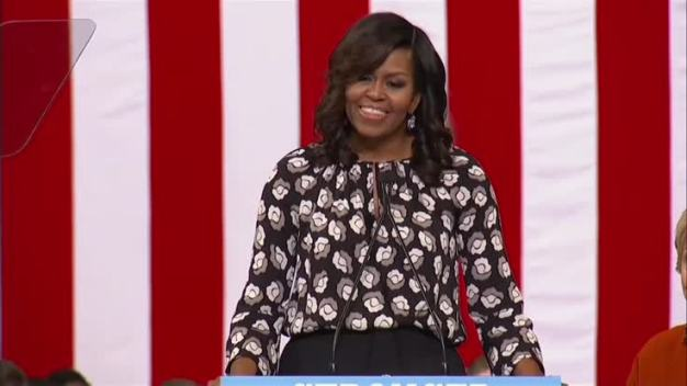 Michelle Spoke With Clinton at Campaign Event
