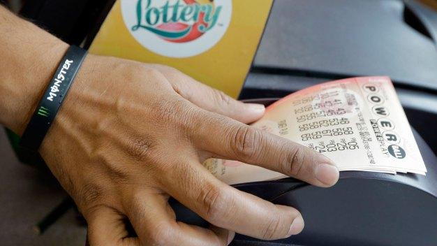 Winning Powerball Numbers Drawn for $487M Jackpot