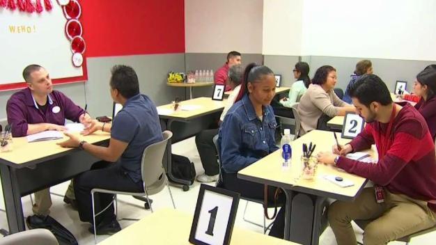 Companies Hiring For the Holidays in Chicago Area