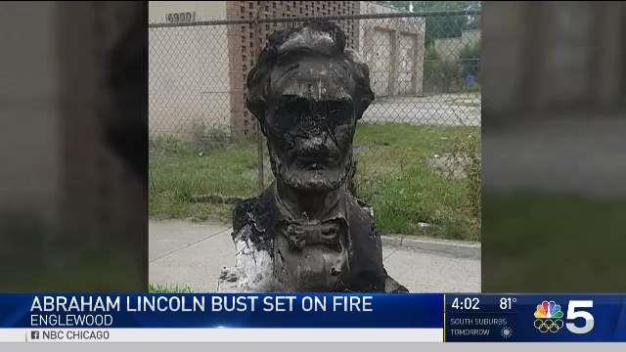 Lincoln Statue Burned in Englewood