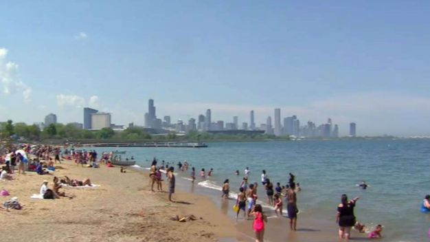 Record-Tying Heat Hits Chicago Sunday