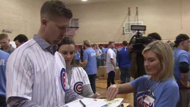 Cubs Host Service Day Ahead of Convention