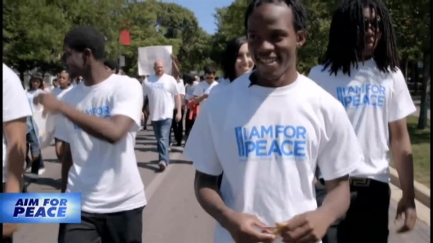 "Student Stand Against Violence in ""I Am For Peace"""