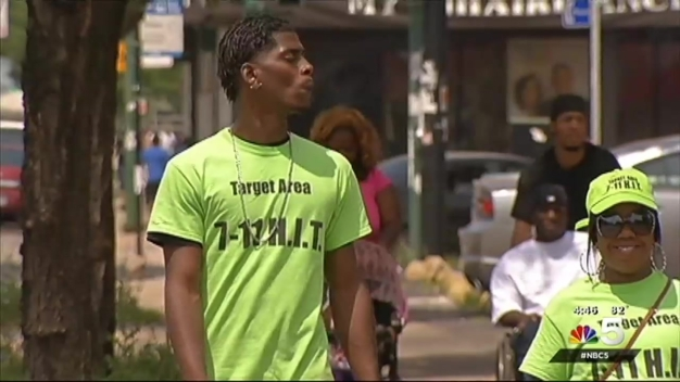 Group Aims For Peace in Englewood