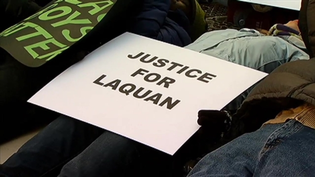 Protesters Hold 'Die-in' for Laquan McDonald