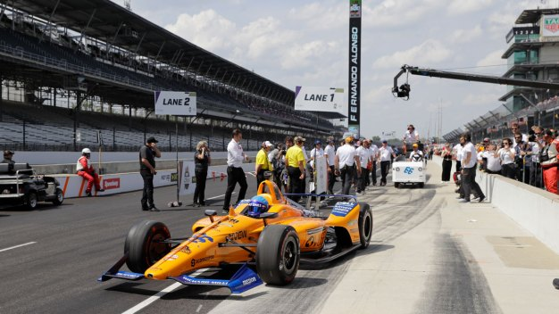 Speedway Unlikely to Move Up Indy 500 Start Time for Weather, Boles Says