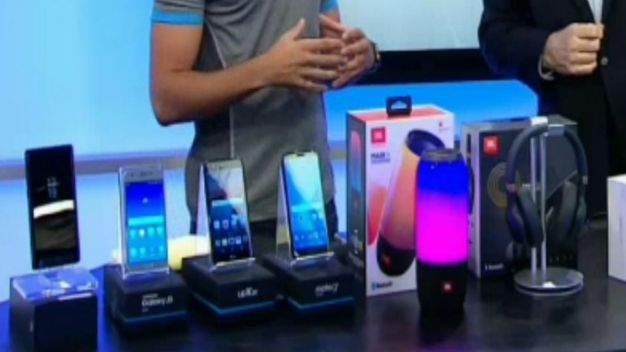 Tech Trends: Back to School, Cool New Phones