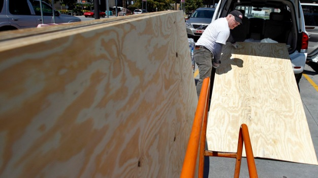 Home Depot, Menards' Boards Don't Measure Up, Suits Say