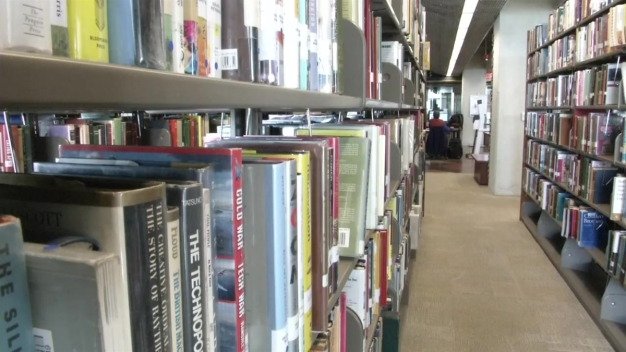Libraries Forgive Overdue Fines for Limited Time