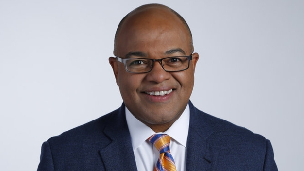 Tirico Takes Over for Hammond on NBC's Horse Racing Coverage
