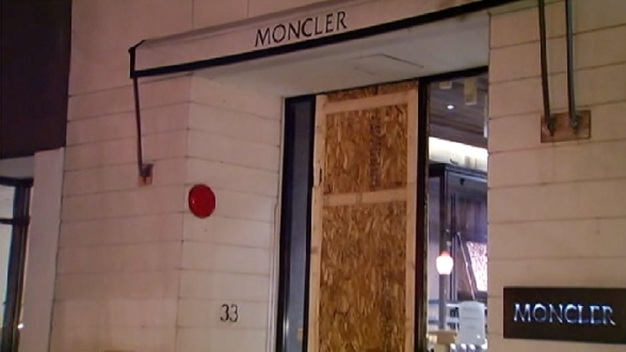 Oak Street Heist Linked to Suburban Louis Vuitton Burglary