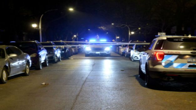 1 Killed, 15 Wounded in Chicago Weekend Shootings