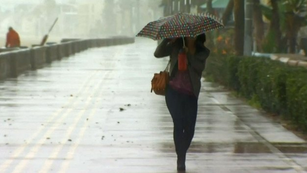 Periodic Showers, Storms Roll Through Chicago Area