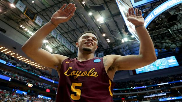 Emanuel Makes Bet on Loyola's Elite Eight Showdown