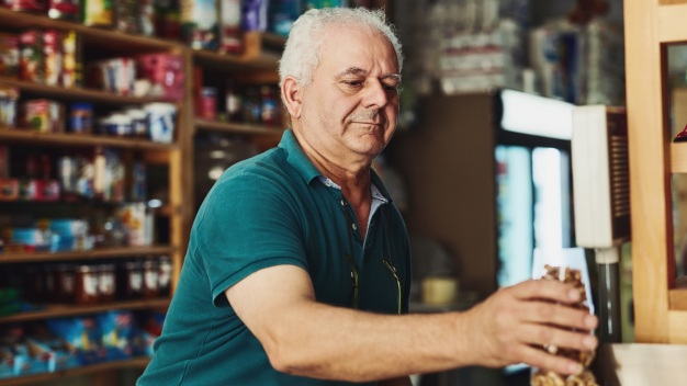 Poll: 1 in 4 Don't Plan to Retire Despite Realities of Aging