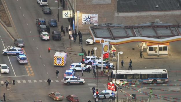 13-Year-Old Among 2 Shot Near CTA Bus: Authorities