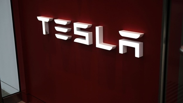 Tesla Says It Has Turned Over Documents to Feds