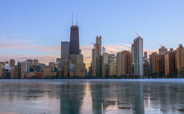 Lawmakers Advance Plan to Help Chicago Fund Pensions