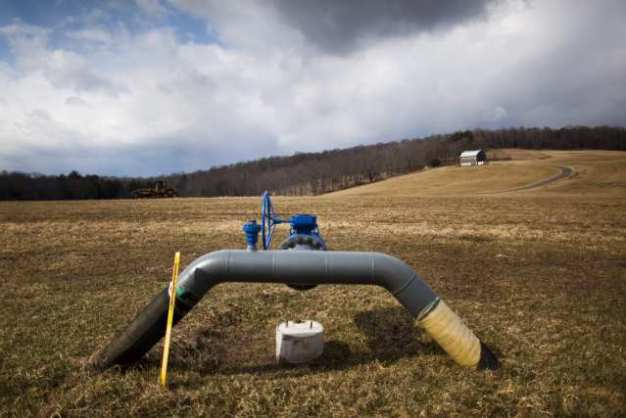 Illinois House Committee OKs Fracking Regulatory Bill