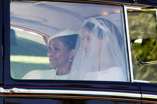 Chicago Mom's Poem Inspired by Markle's Mother Goes Viral