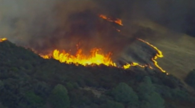 [BAY] RAW VIDEO: Mt. Diablo Fire Brush Fire