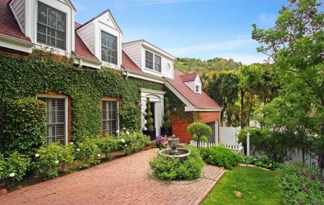 Amy Smart's L.A. Home Up for Sale